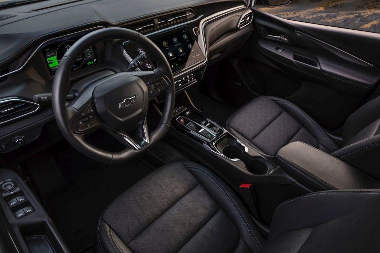 """Электромобиль Chevrolet Bolt после обновления потерял в цене, но не увеличил запас хода"""""""