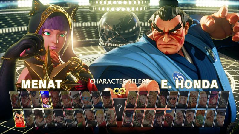 До релиза Street Fighter V разработчики упоминали, что не станут выпускать «расширенных и улучшенных» переизданий. Но всё же Capcom не отказала себе в удовольствии по старинке выкатить Arcade Edition (2018) и Champion Edition (2020)
