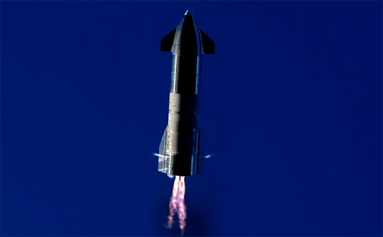 Кадр с манёвром SN9 прямо перед неудачной посадкой (SpaceX)