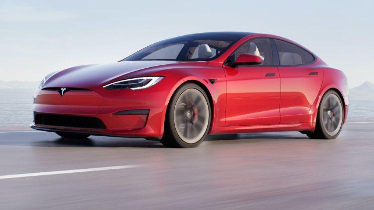 Биткоин принёс Tesla больше денег, чем электрокары в прошлом году