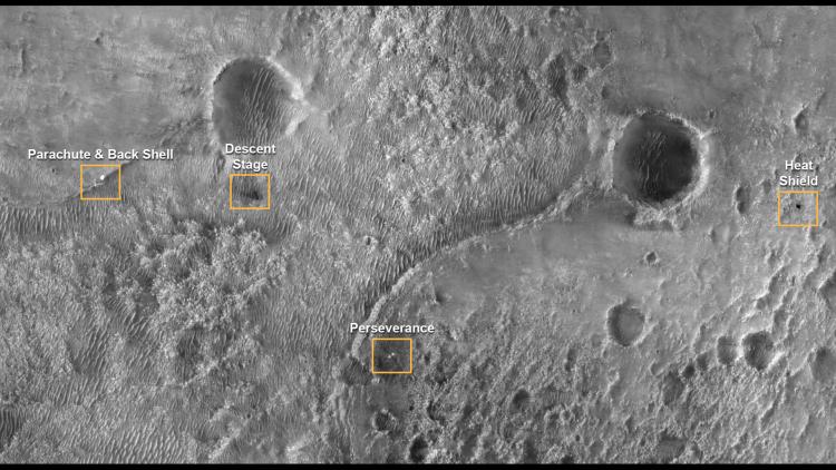 "NASA обнародовало видео посадки марсохода Perseverance. А ещё панораму кратера Езеро и звуки Марса"""