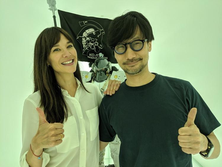 Джейд Реймонд (бывшая глава Google Stadia) и Хидео Кодзима в 2019 году