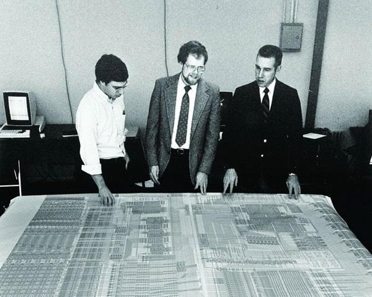 В 1884 году MIPS из проекта Джона Л. Хеннесси в Стэнфордском университете стала компанией