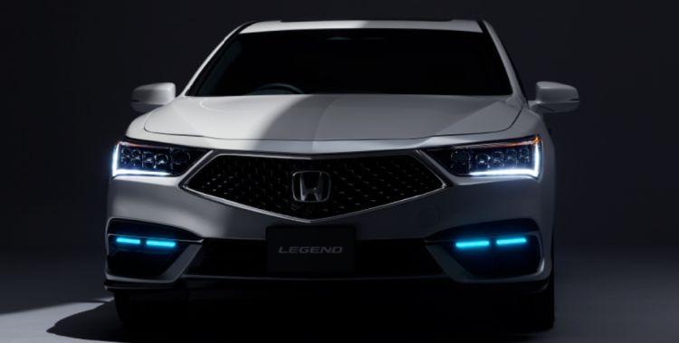 Honda первой начнёт продажи робомобиля, который сам ездит в пробках и позволяет убирать руки с руля