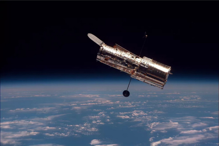 Космический телескоп «Хаббл» ушёл в безопасный режим из-за программной ошибки бортового компьютера