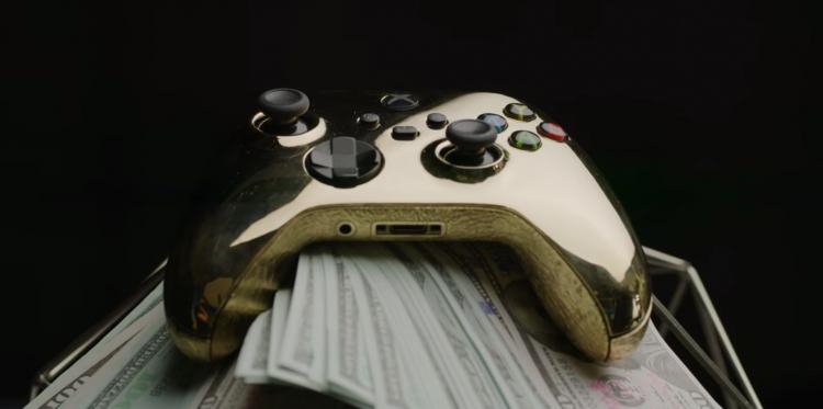 Блогеры сделали геймпад Xbox Series из 18-каратного золота. Он стоит около 6,5 миллионов рублей