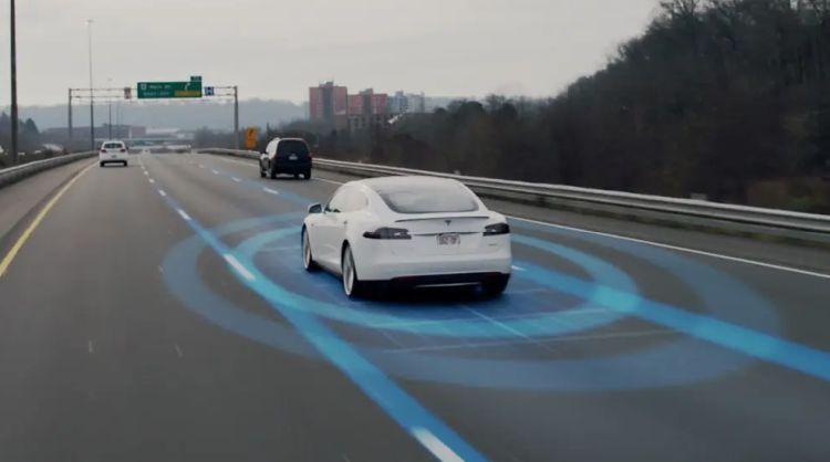 Следующая версия автопилота Tesla будет ещё сильнее полагаться на данные камер