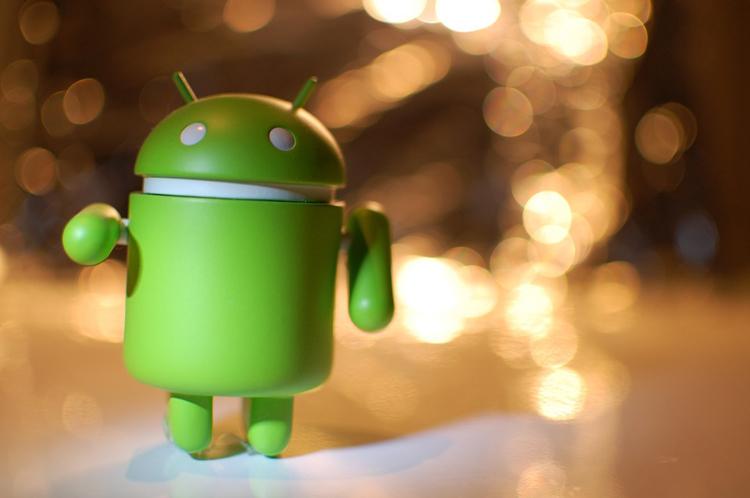 """Владельцы Android-смартфонов столкнулись с падением приложений. Google выпустила исправление"""""""