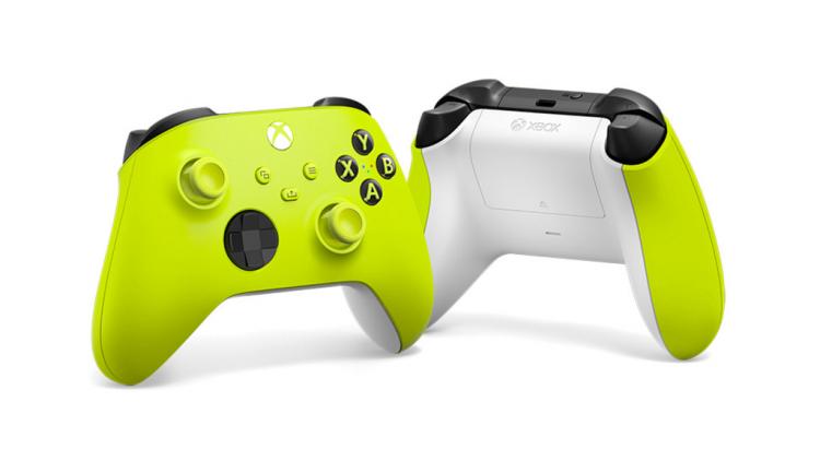 Microsoft представила контроллеры Xbox в новых расцветках — бело-салатовой Electric Volt и красно-серой Daystrike Camo