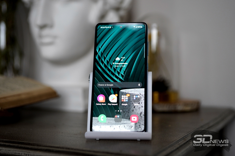 Samsung заняла половину мирового рынка дисплеев для смартфонов