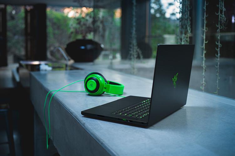 """Первый ноутбук Razer на платформе AMD отметился в бенчмарке"""""""