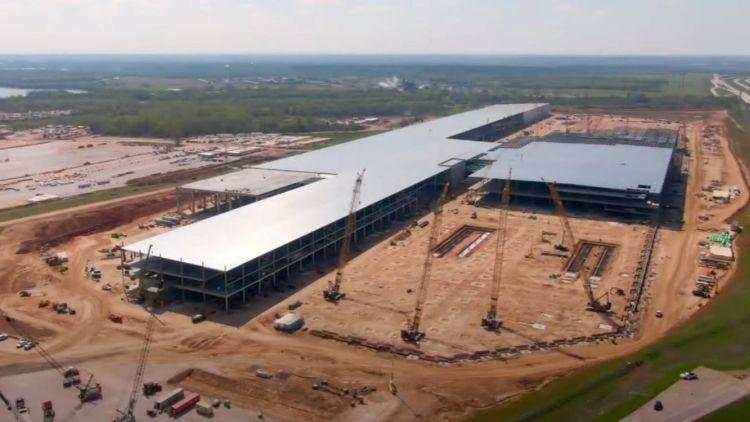 """Tesla начала нанимать персонал для производства аккумуляторных ячеек в Техасе"""""""