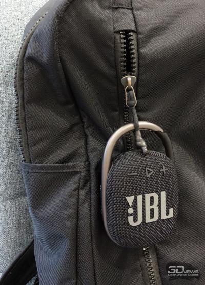 Колонка JBL CLIP 4 в работе
