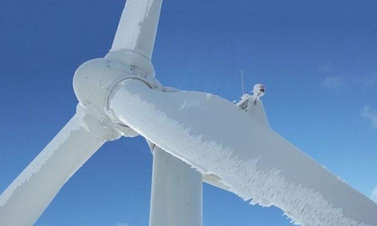 Замёрзжая ветряная турбина в Техасе