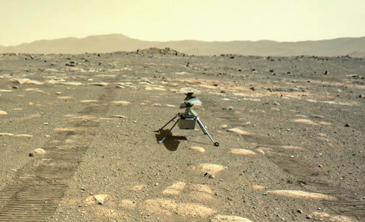 Марсианский вертолёт Ingenuity выгружен на поверхность Красной планеты и готовится к ночёвке