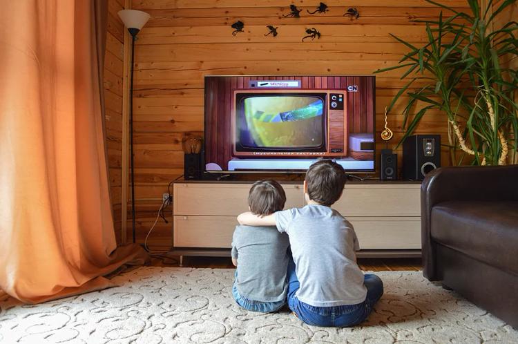 Распространение платного телевидения в России замедлилось