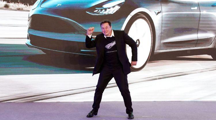 """Акции Tesla подскочили на 7,8 % после публикации квартального отчёта. В будущем им спрогнозировали рост до $1300"""""""