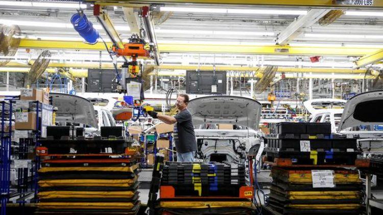 Автопроизводители США требуют от властей помощи в устранении дефицита полупроводников