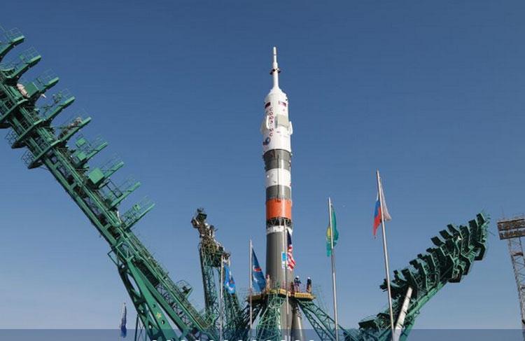 """Ракета «Союз-2.1а» для доставки нового экипажа на МКС собрана и отправлена на стартовый комплекс. Старт — в пятницу"""""""