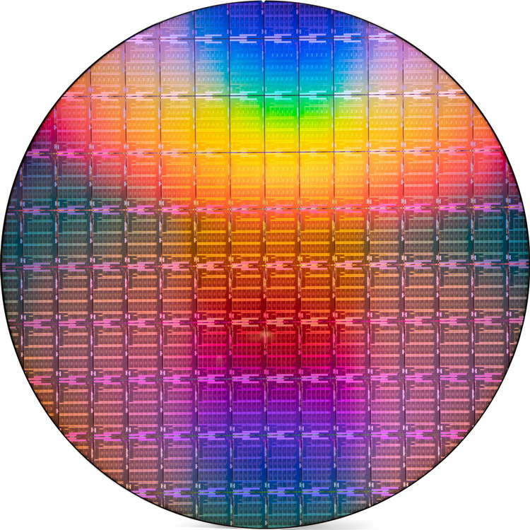 Пластина с 40-ядерными Intel Xeon Scalable 3-го поколения