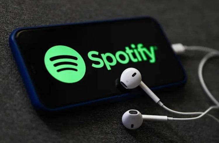 В Spotify для Android и iOS появился собственный голосовой помощник
