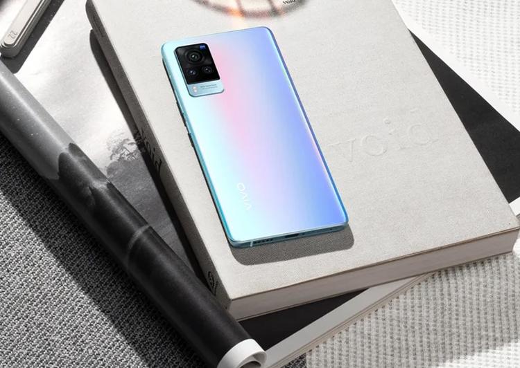 В России вышел смартфон Vivo X60 Pro с продвинутой камерой за 64 990 рублей