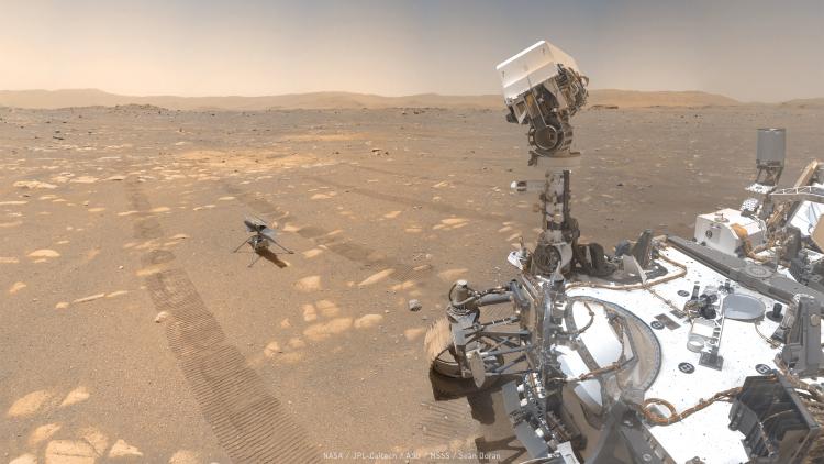 Панорама марсохода NASA «Настойчивость» и дрона «Изобретательность» из 62 фотографий (NASA/JPL-Caltech/MSSS/Seán Doran)