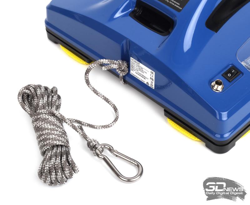 Страховочный шнур и карабин