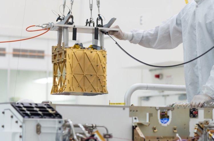 Используемый для получения кислорода на Марсе аппарат MOXIE