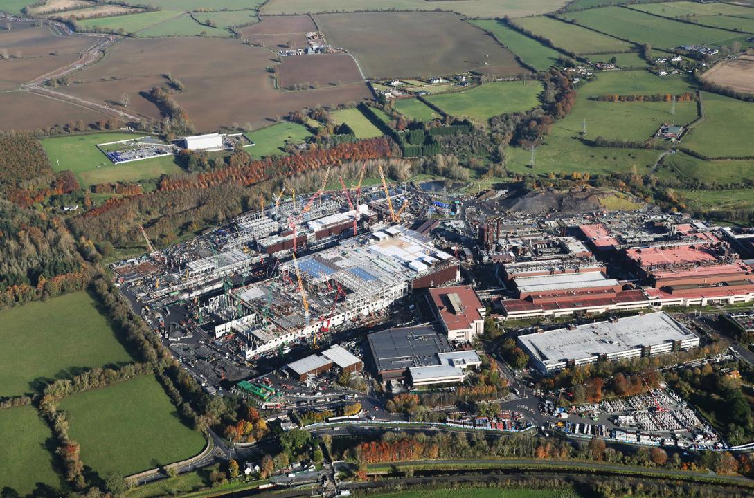 На стройке ирландской фабрики Intel случилась вспышка COVID-19, но останавливать процесс не планируется