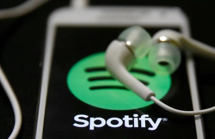 Количество платных пользователей Spotify увеличилось до 158 млн человек