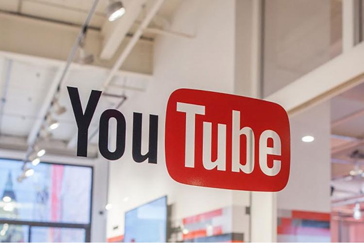"""YouTube позволит комментировать конкретные моменты в видео"""""""