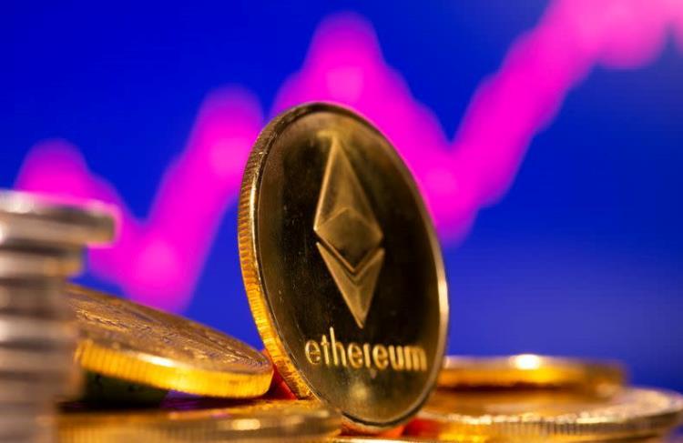 Курс Ethereum впервые перевалил за $3000  у биткоина появляется достойный конкурент