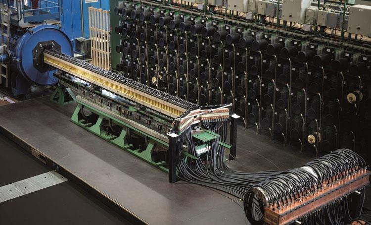 Действующая модель рельсотрона. Источник изображения: ISL