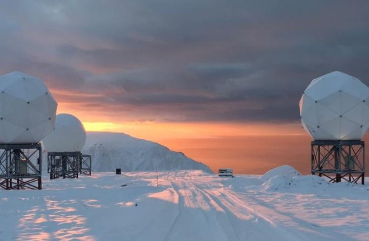 Наземная станция OneWeb на Шпицбергене, Норвегия