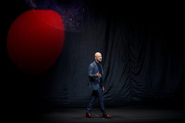 Blue Origin пыталась переманить президента SpaceX, чтобы нагнать компанию Маска