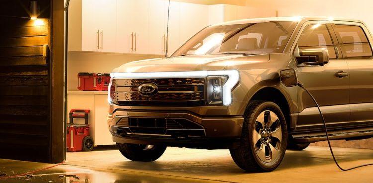 Источник изображения: Ford Motor, Electrek