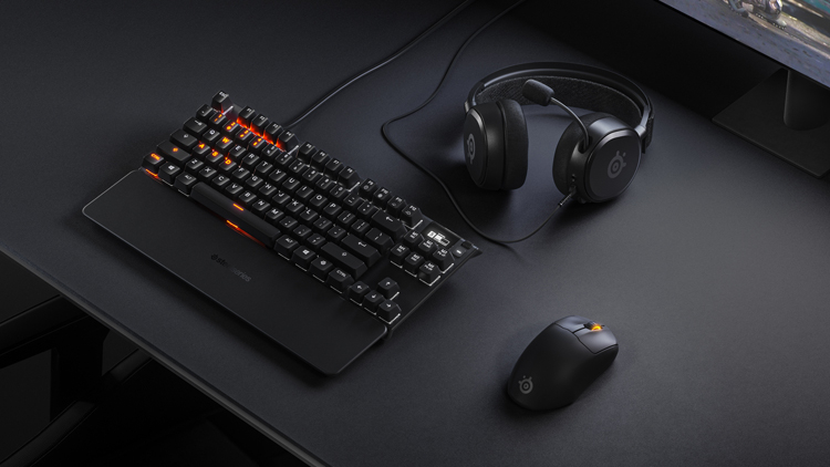 SteelSeries представила мыши и гарнитуру Prime для профессиональных игроков