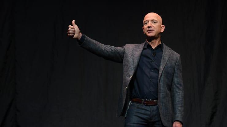 Джефф Безос покинет пост генерального директора Amazon 5 июля