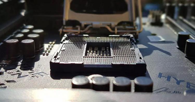 """Некоторые платы на Intel B560 поймали на том, что они портят производительность старших Rocket Lake-S"""""""