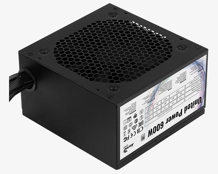 Блок питания Aerocool United Power 600W ориентирован на недорогие ПК