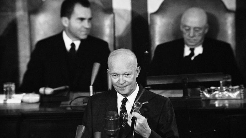 ARPA и NASA были созданы в 1958 году по инициативе президента Эйзенхауэра. Источник: https://www.nasa.gov/feature/60-years-ago-eisenhower-proposes-nasa-to-congress