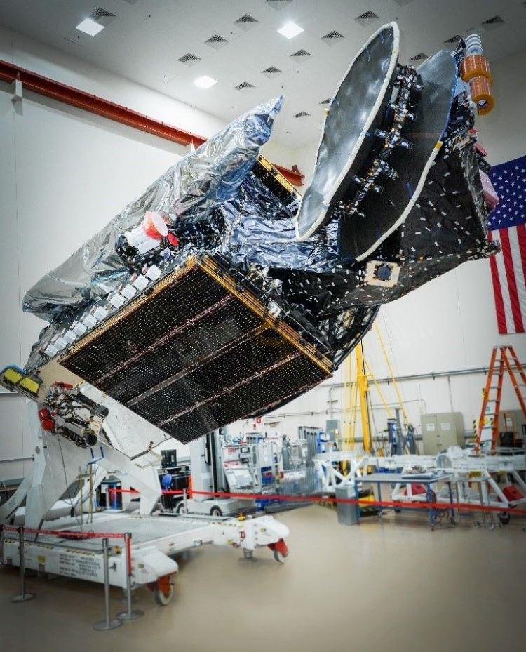 Спутник связи SXM-8 / Изображение: Space.com