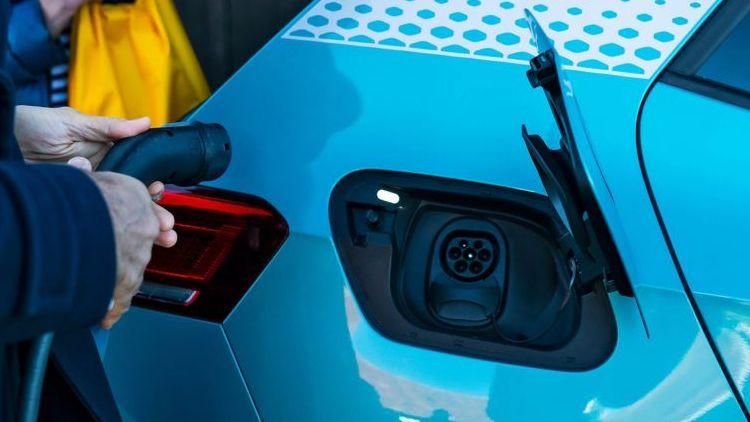 """Глава Volkswagen заявил, что в переходе на электромобили нет смысла без отказа от угольной энергетики"""""""