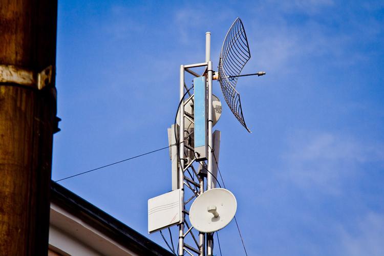 """В России разрешили ещё год использовать радиочастоты 3,5-ГГц диапазона для организации интернет-доступа"""""""