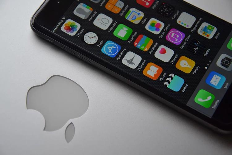 """Apple обвинили в нарушении патента на технологию беспроводной связи MIMO"""""""