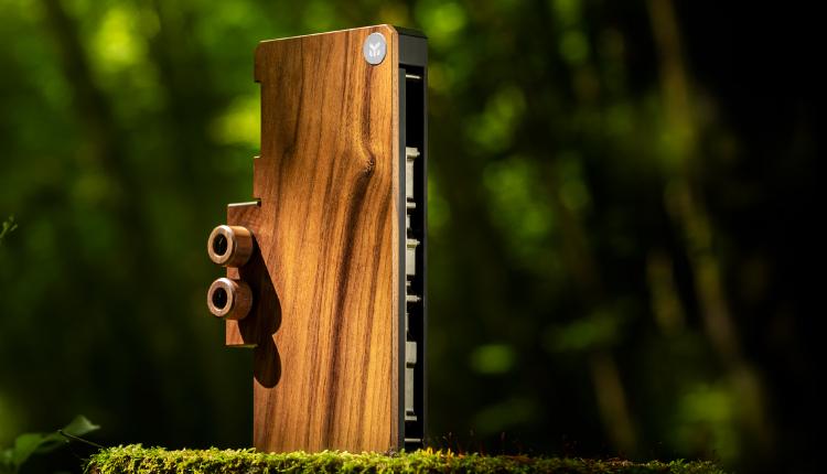 Водоблок EK Lignum для видеокарт NVIDIA GeForce RTX 3080/3090 получил отделку из дерева1