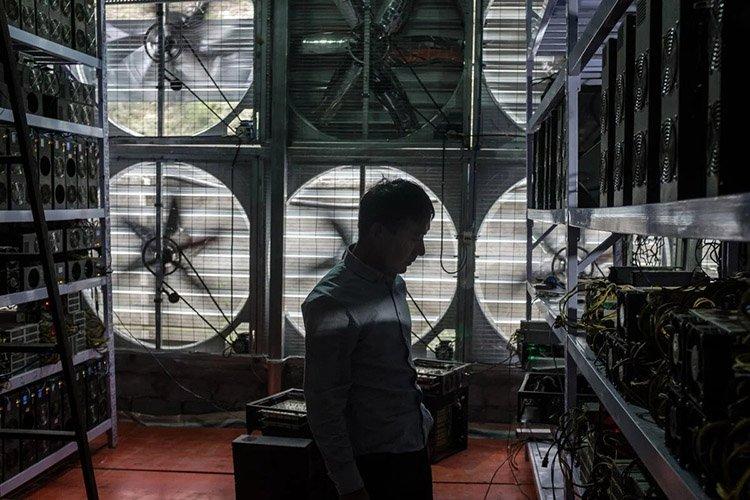 Криптовалютные запреты Китая приведут к миграции майнеров в Техас