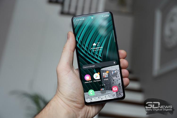 Почти половина смартфонов в 2022 году будет оснащена дисплеем AMOLED
