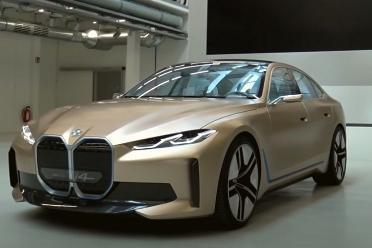 "BMW прекращает продажи компактного электромобиля i3 в США"""
